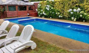 Arriendo Verano Casas en Pucón con piscina capacidad 8 personas